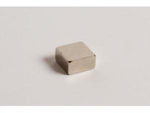 Неодимовый магнит квадрат 15х15х8мм