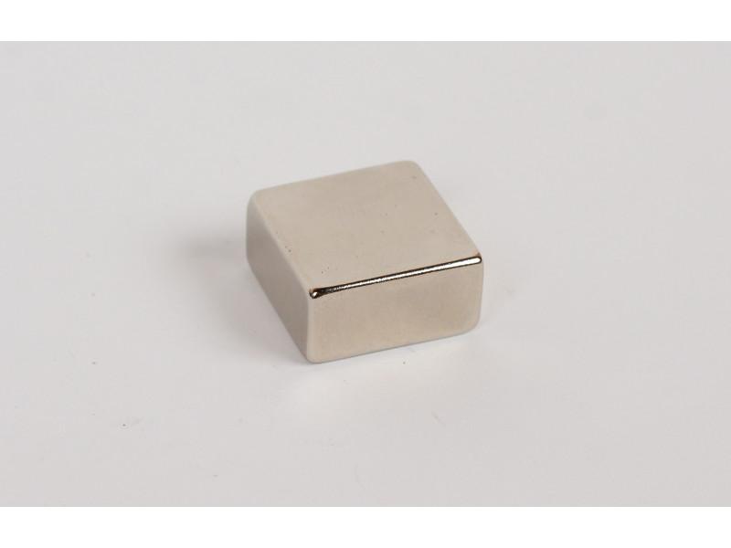 Неодимовий магніт квадрат 20х20х10мм