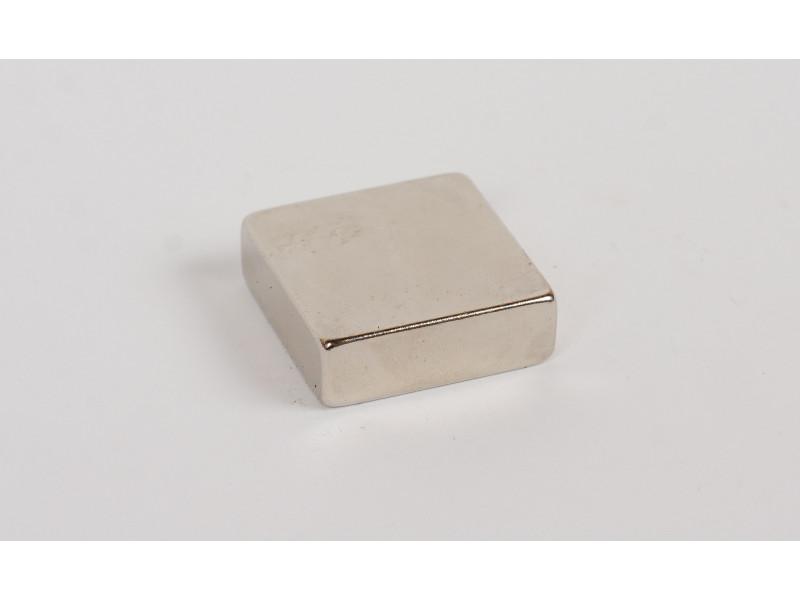 Неодимовый магнит квадрат 30х30х10мм