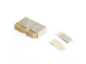 Неодимовий магніт прямокутник з самоклейкой 10х5х1 мм