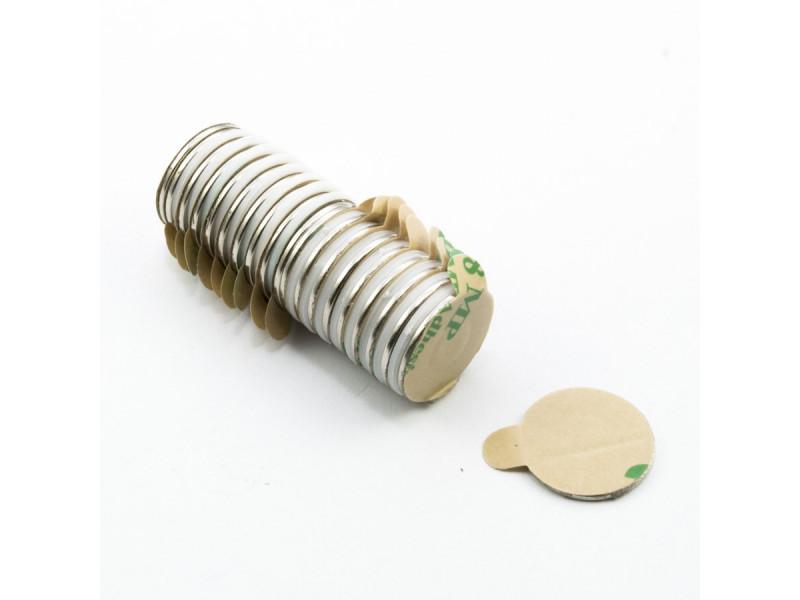 Неодимовый магнит шайба с самоклейкой 15х1 мм