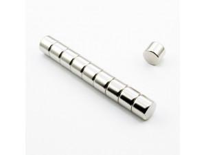 Неодимовый магнит малый диск (шайба) 10х8мм
