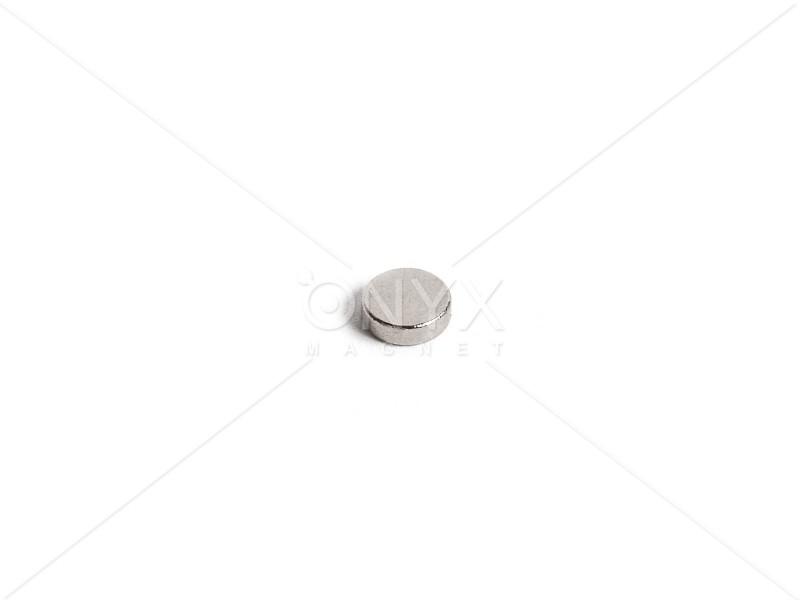 Неодимовый магнит малый диск (шайба) 3х2мм