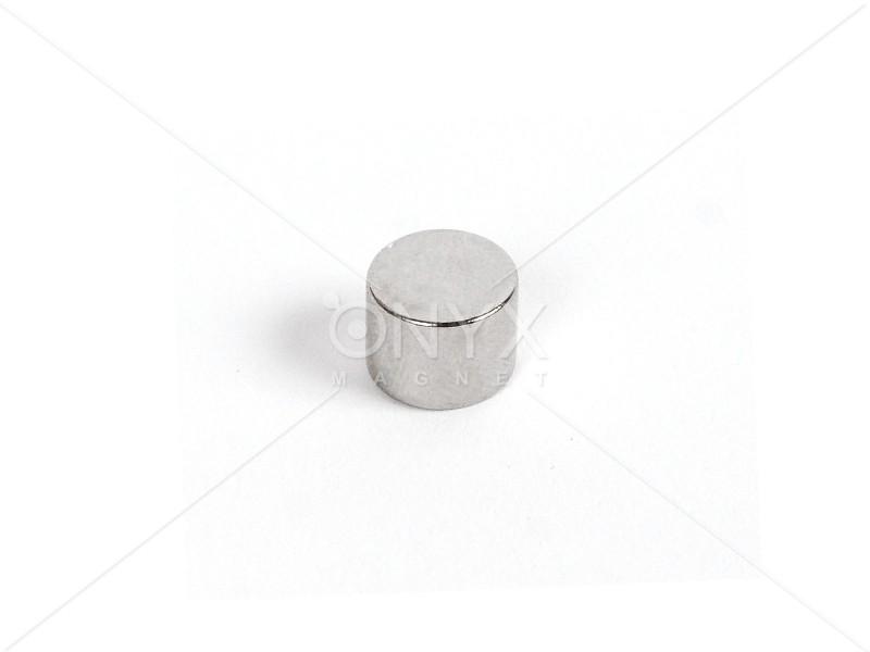 Неодимовый магнит малый диск (шайба) 8x6мм