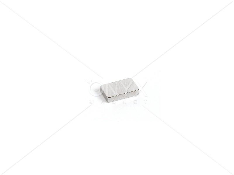 Неодимовый магнит прямоугольник 10х6х2мм