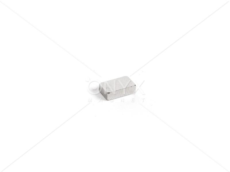 Неодимовый магнит прямоугольник 10х6х3мм