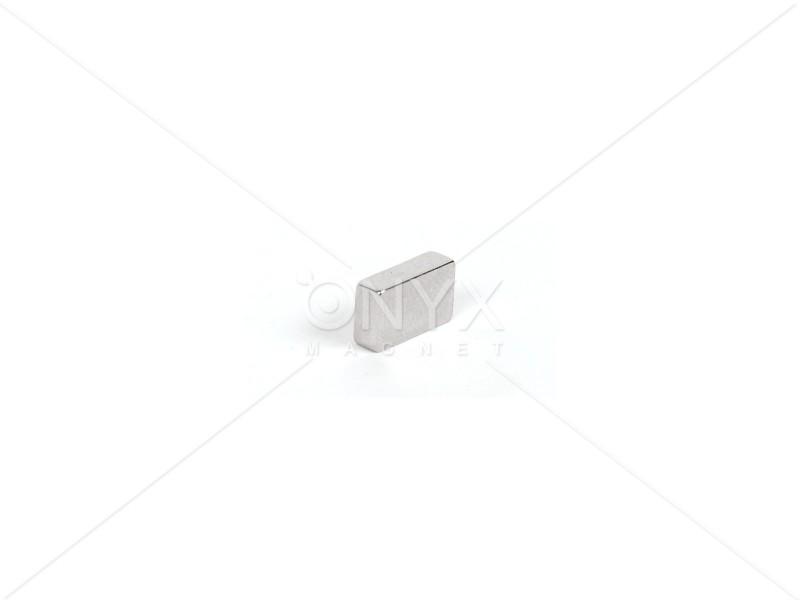 Неодимовий магніт прямокутник 15х6х2мм