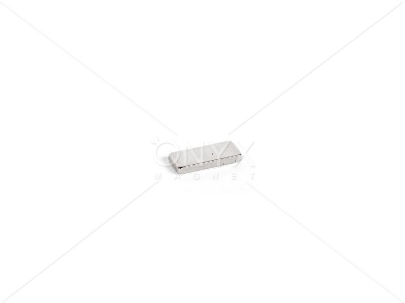 Неодимовый магнит прямоугольник 15х8х1мм