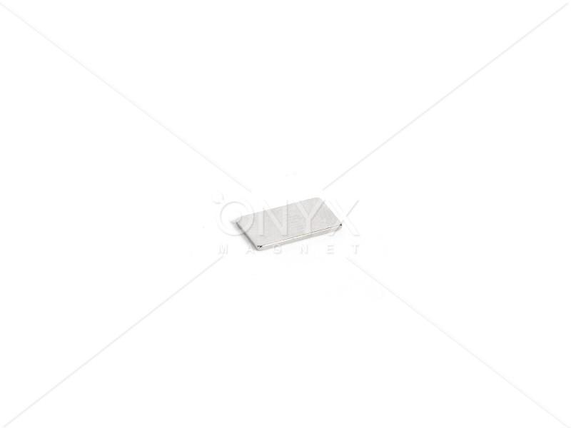 Неодимовий магніт прямокутник 15х8х2мм