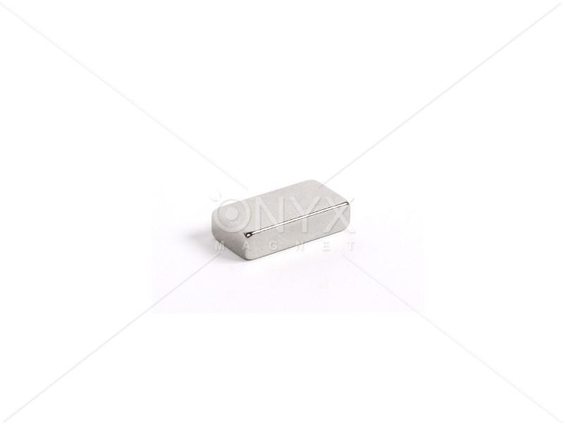 Неодимовый магнит прямоугольник 20х10х5мм