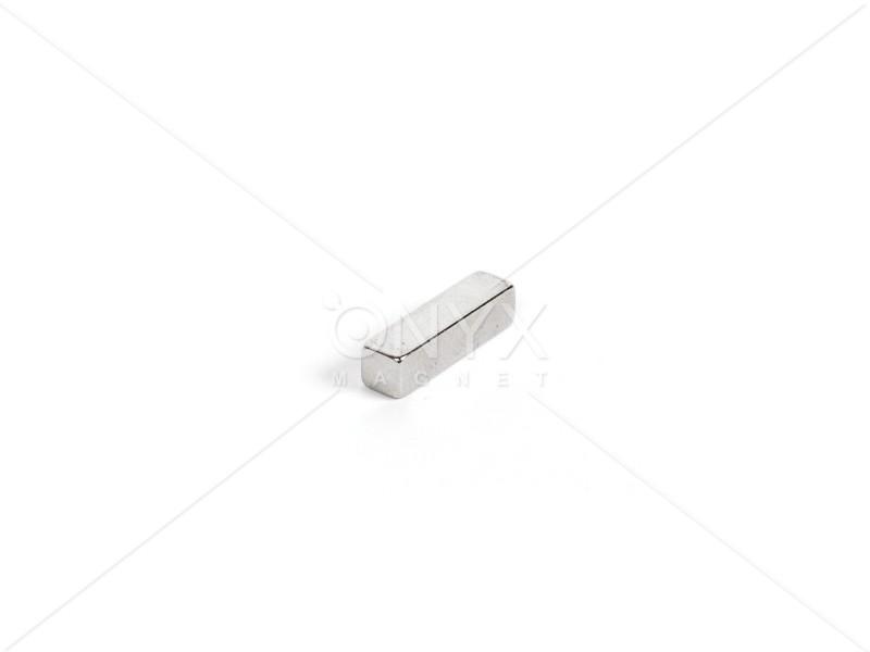 Неодимовый магнит прямоугольник 20х5х5мм