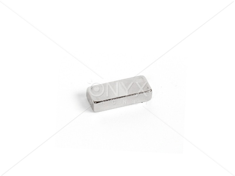 Неодимовий магніт прямокутник 25х10х5мм