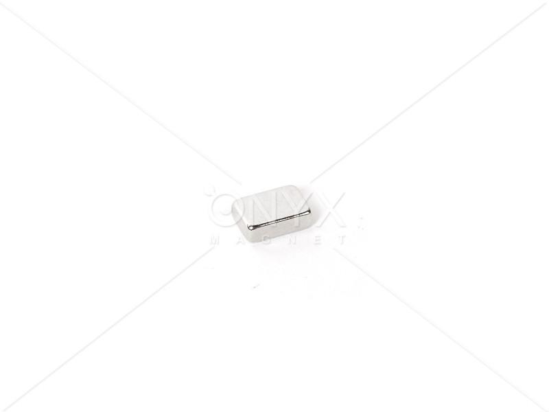 Неодимовий магніт прямокутник 6х4х2мм